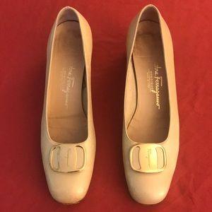 Salvatore Ferragamo low heels, Vera
